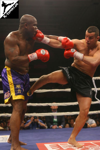 Gary Goodridge, Chalid 'Die Faust' (K-1 World Grand Prix 2006 in Las Vegas)